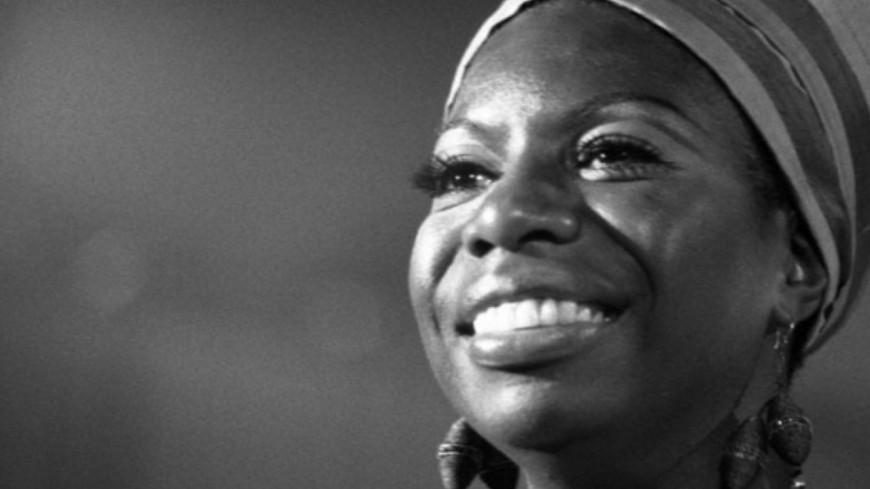 """Quand Nina Simone reprend le classique """"Ne me quitte pas"""" (vidéo)"""