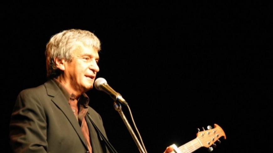 """Retour en 1983 - Georges Chelon chante """"Montmartre"""" en live ! (vidéo)"""